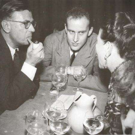 Jean-Paul-Sartre-Boris-Vian-et-Simone-de-Beauvoir-au-Procope-1949_Snapseed_instant